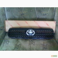 Решётка радиатора Toyota Rav 4