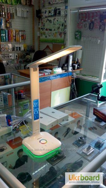 Фото 10. Настольная LED лампа Remax RL-E270 с термометром Лампа может похвастаться тремя режимами