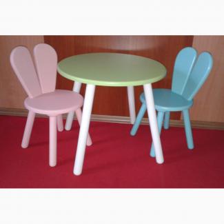 Детский столик и два стульчика разборные
