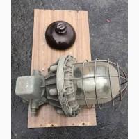 Опорный штыревой фарфоровый изолятор
