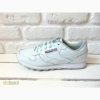 Мужские кроссовки Reebok Classic белые / черные