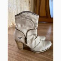 Продам ботинки MUSTANG размер 37