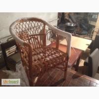 Продам надежные ротанговые стулья б/у в классическом стиле для кафе, бара, рестора