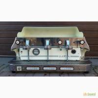 Продам недорого профессиональную кофе машину Elektra Classic Barlume VC (3GR) б/у