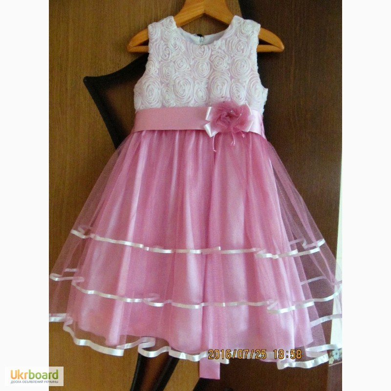 Продам купити плаття нарядне для дівчинки 6-7 років 162dc584e3ab4