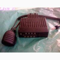 Продам б/у радиостанцию Icom ic-F111S