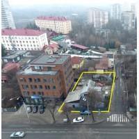 Продаж земельної ділянки з будинком, пр. Лобановського, 76