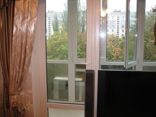 Фото 4. Остекление балконов и лоджий в Харькове от Окна Альтек