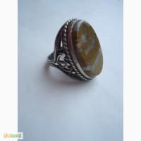 Винтажное кольцо с натуральным камнем