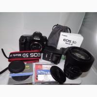 Canon EOS 5D Mark III с объективом 24 мм-105 мм