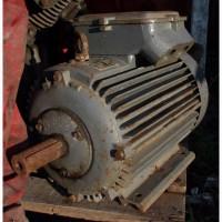 Электродвигатель двухскоростной 9/11 кВт, 975/1470 об/мин (Чехословакия)