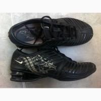 Продам женские кроссовки фирмы Nike Archtech (стелька 24, 5 см)
