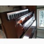 Продам кабинетный рояль Stingl