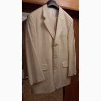 Продам Мужской белый костюм