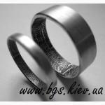 Обручальные кольца с отпечатками пальце