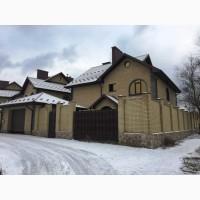 Дом для семьи, общая площадь 296 м2