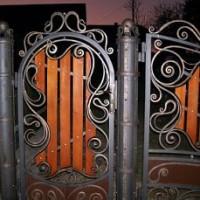 Художня ковка ковані вироби ворота огорожі дашки сходи перила калуш