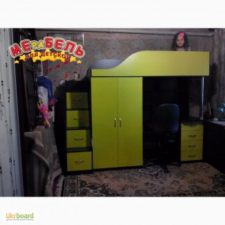 Кровать-чердак с рабочей зоной, шкафом и лестницей-комодом (кл7-2) Merabel