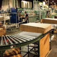 Нужны мужчины и женщины на картонную фабрику в Венгрии