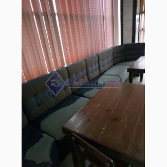 Продам диваны б/у синие кожзаменитель и ткань с углами высокие