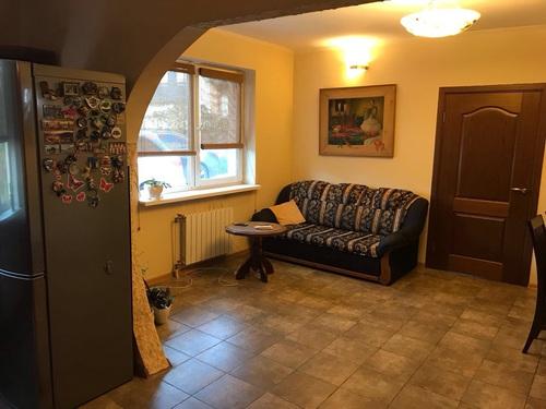 Фото 4. Осокорки.Постройка 2012 года.Дом 240 кв.м.2 этажа.Жилая площадь 120 кв.м
