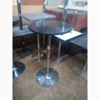 Бу барный стол с хромированной ножкой