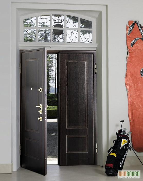 входные двери металлические с окном сверху