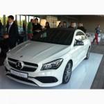Mercedes-Benz CLA «засвітився» на днях моди